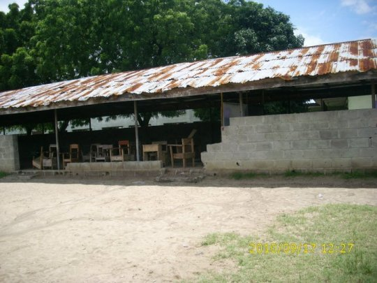 A typical School in Nigeria (Photo By Atinuke Mary Abumere)
