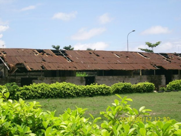 Dangerously Looking school structure at Festac Grammar School
