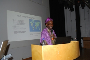 Adeola presenting the lecture on Obatala, Oduduwa, Creation and Modern Yoruba History